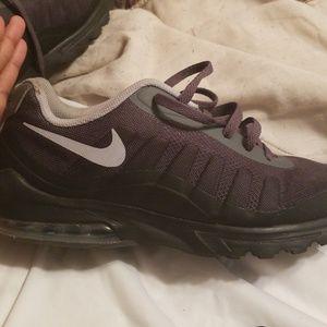 3b7fb4c44 Shoes black Air Maxes